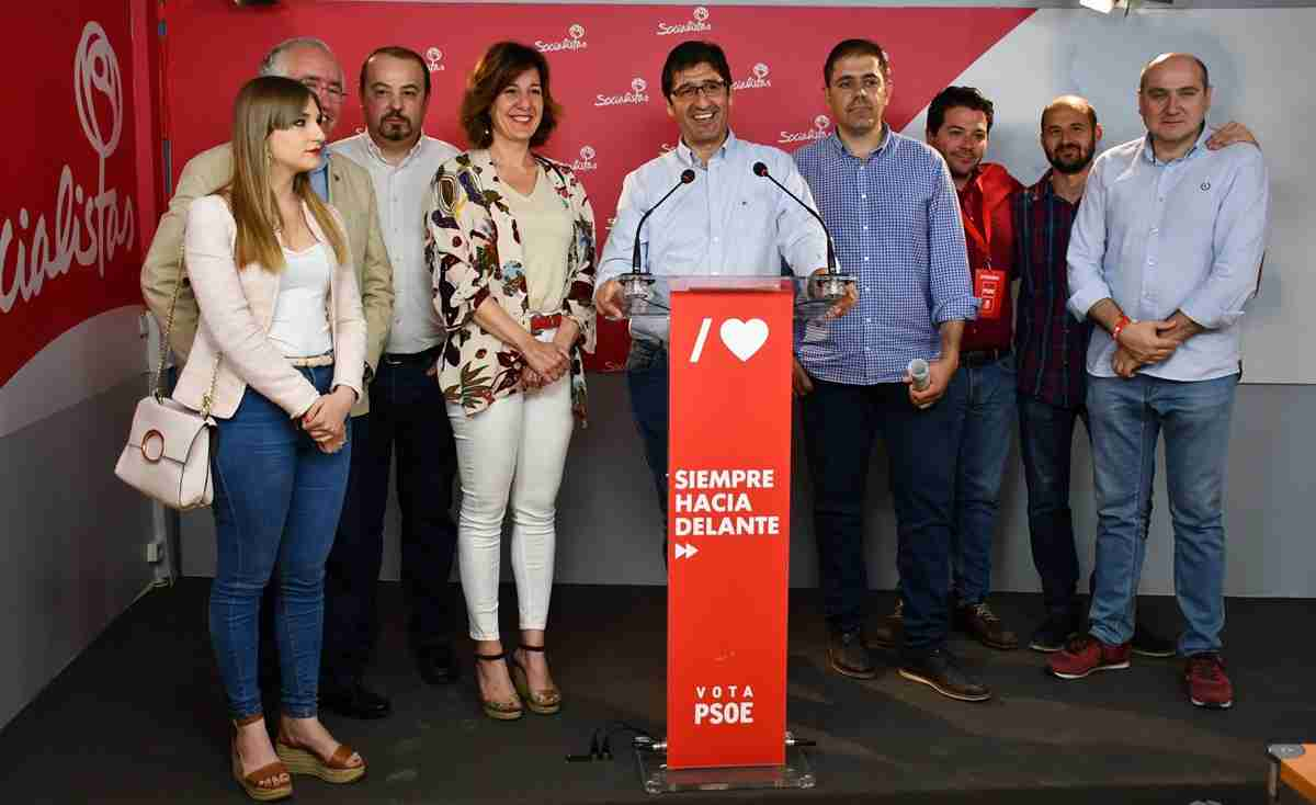 Caballero agradeció a los ciudadanos por el gran triunfo del PSOE en la Diputación de Ciudad Real y la Junta de Comunidades 1