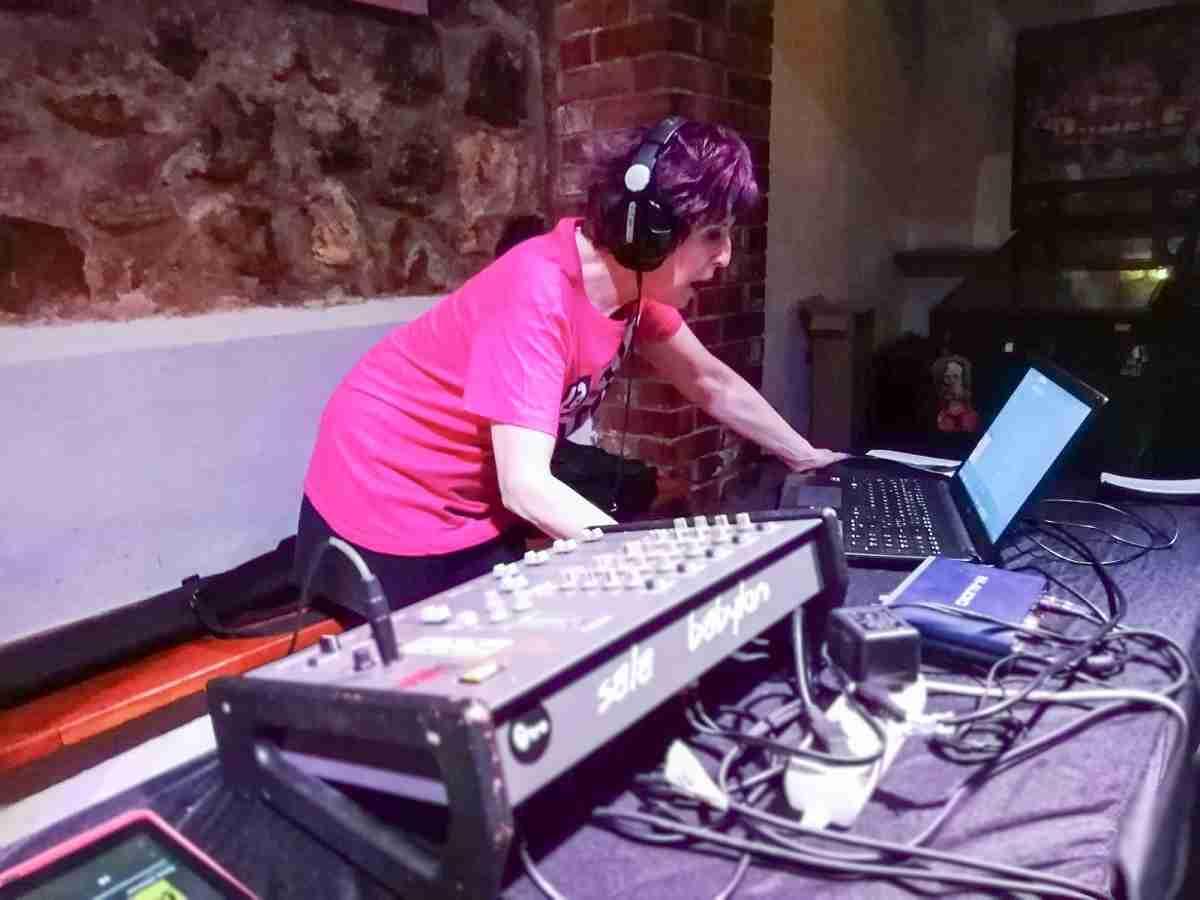 Marisol Galdón nos habla de Plastik, el mítico programa musical de Televisión Española 3