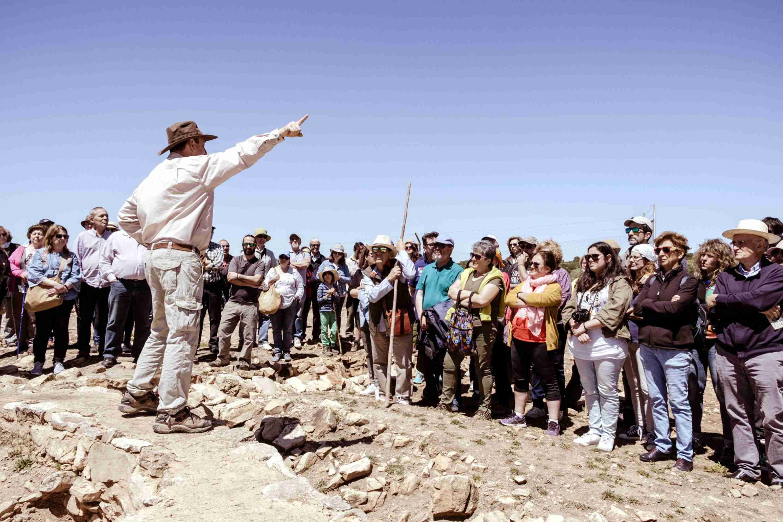 Gran éxito de la jornada arqueológica de Terrinches 9