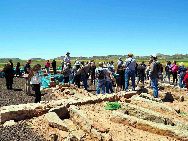 Gran éxito de la jornada arqueológica de Terrinches 12