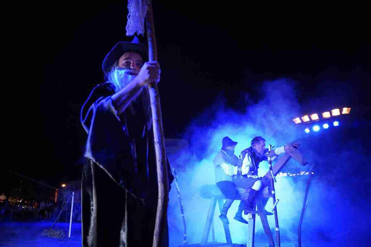 """Gran representación de 'El Quijote en la Calle"""" en Argamasilla de Alba 1"""