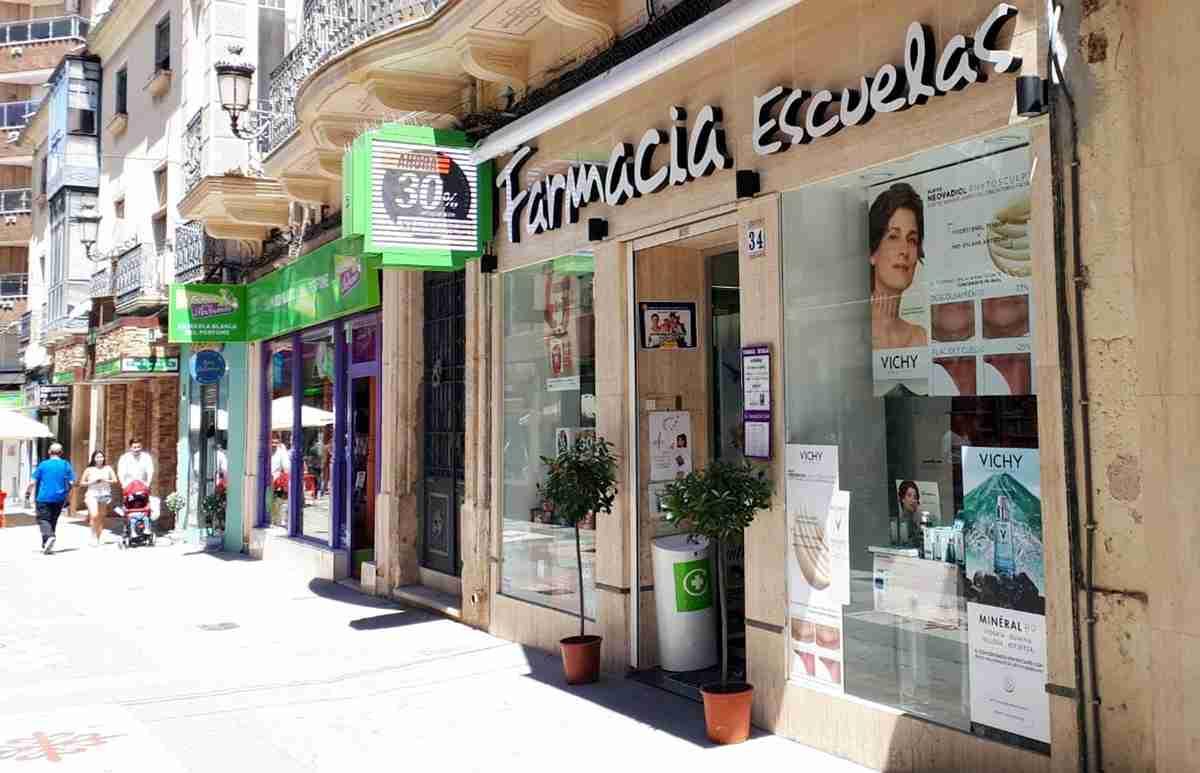 En 2018, Castilla-La Mancha cerró con 2.866 farmacéuticos colegiados y 1.263 farmacias, 138 VEC 1