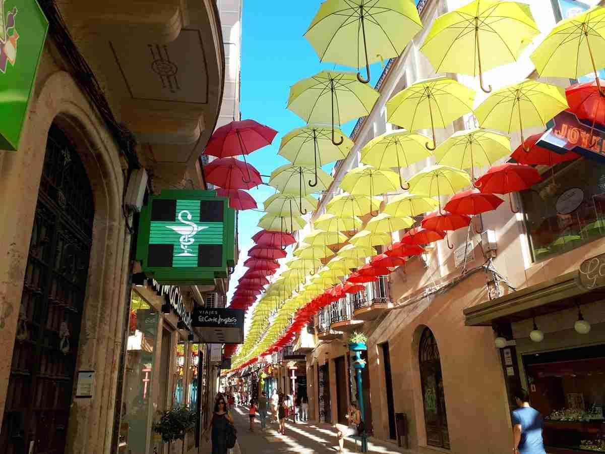 En 2018, Castilla-La Mancha cerró con 2.866 farmacéuticos colegiados y 1.263 farmacias, 138 VEC 2