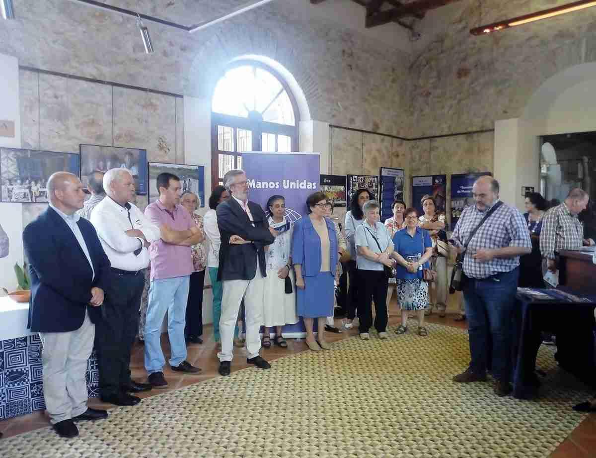"""""""Sesenta años de Manos Unidas"""", la exposición desembarca en el Museo Etnográfico de Villarrubia de los Ojos 3"""
