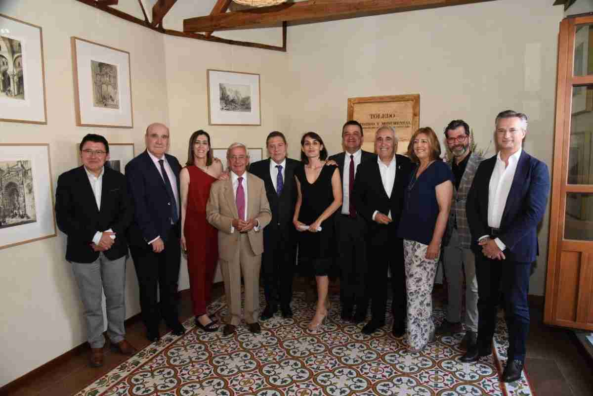 Inauguración de la exposición de litografías 'Toledo Artístico y Monumental' en Toledo 1