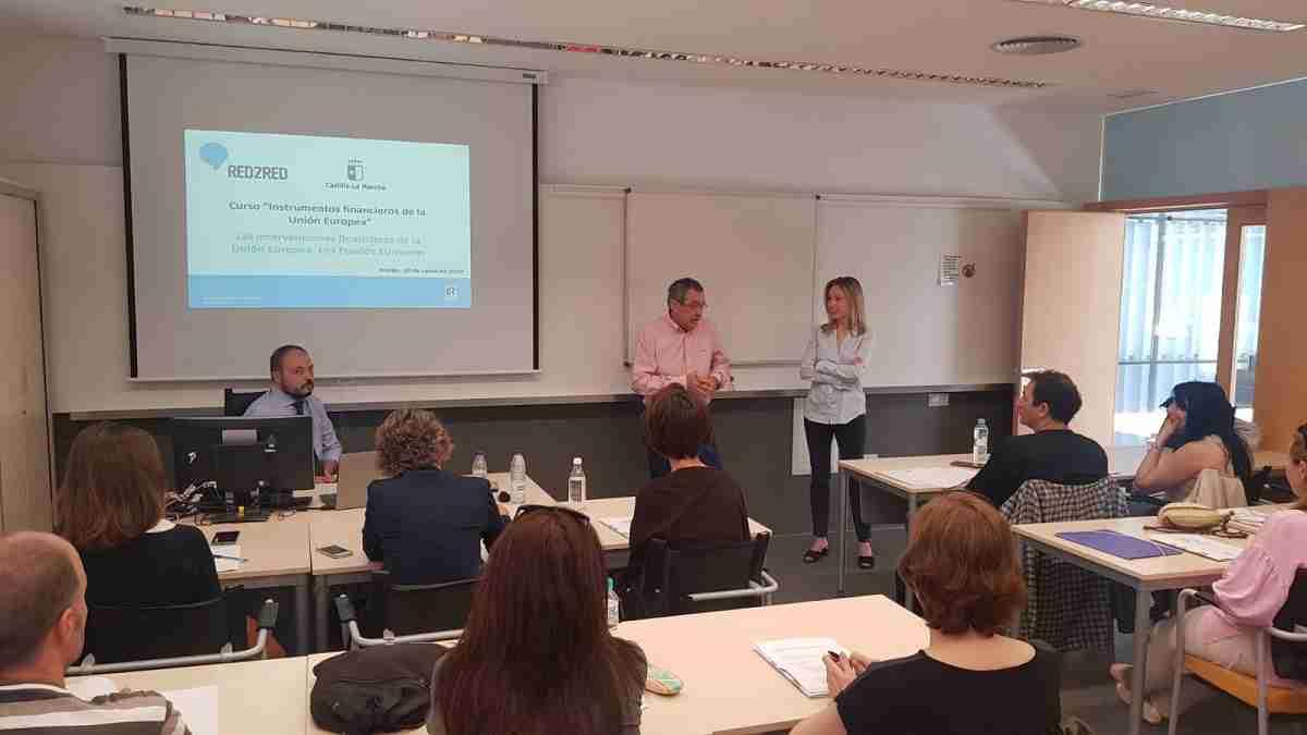 El Gobierno regional impulsa la formación a empleados públicos acerca de instrumentos financieros de la Unión Europea 1