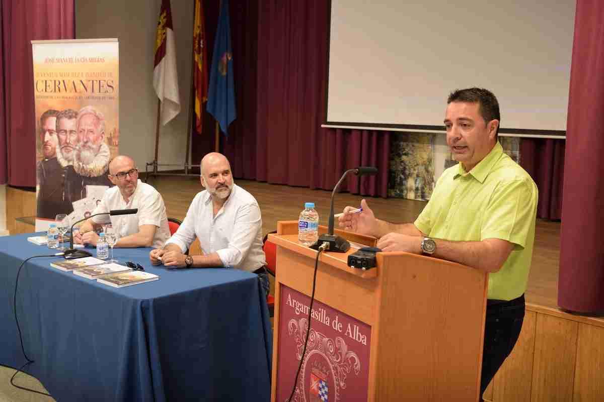 Presentada  en Argamasilla de Alba una trilogía sobre la vida y obra de Cervantes 1