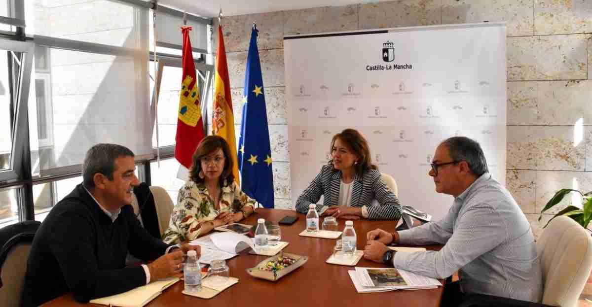 Gobierno regional y CERMI Castilla-La Mancha valoran positivamente la implantación del descuento al transporte por carretera para las personas con discapacidad 1