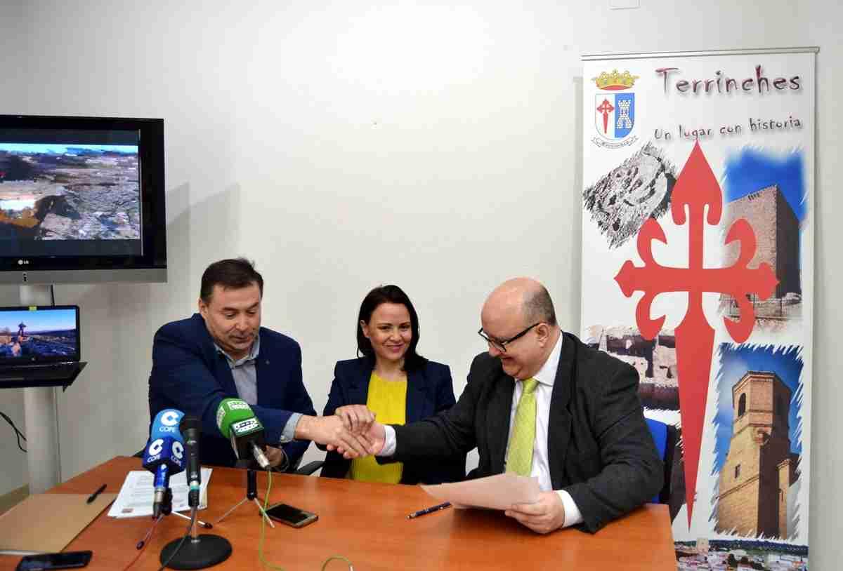 Impulso a la investigación en Castillejo del Bonete con apoyo económico de la empresa E2 IN2 2