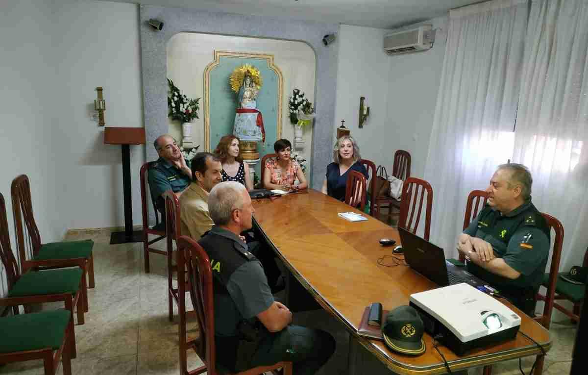 La subdelegada y la alcaldesa de Puertollano visitan la 2ª Compañía de la Guardia Civil 2