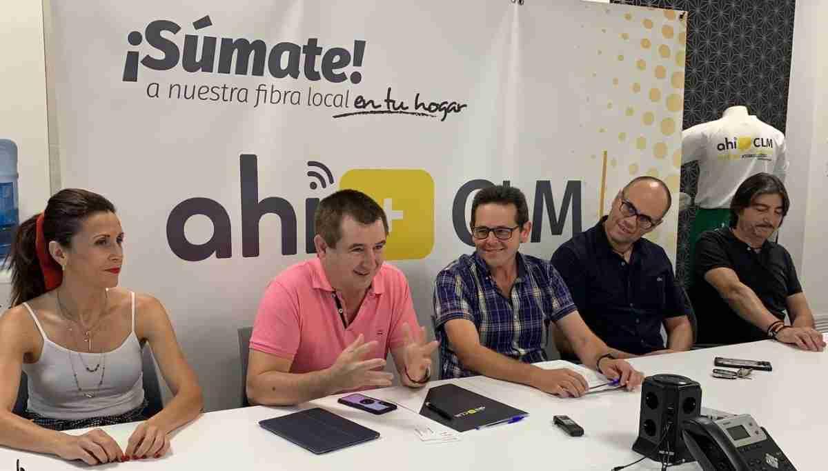 Operadora de telecomunicaciones Ahí+ CLM firmó acuerdo de colaboración para apoyar al CD Baloncesto Atlético Tomelloso en la próxima temporada 1