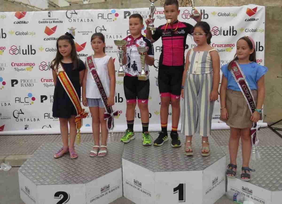 Celebrada la III Edición de la carrera de Escuelas organizada por el Club Ciclista Onturense 2