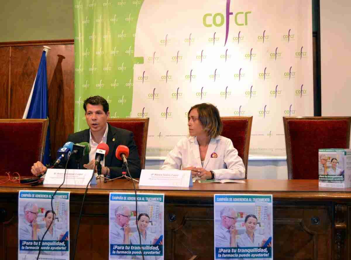 """Los farmacéuticos de Ciudad Real llevan a cabo la campaña de """"Adherencia al Tratamiento"""" para asesorar a pacientes 2"""