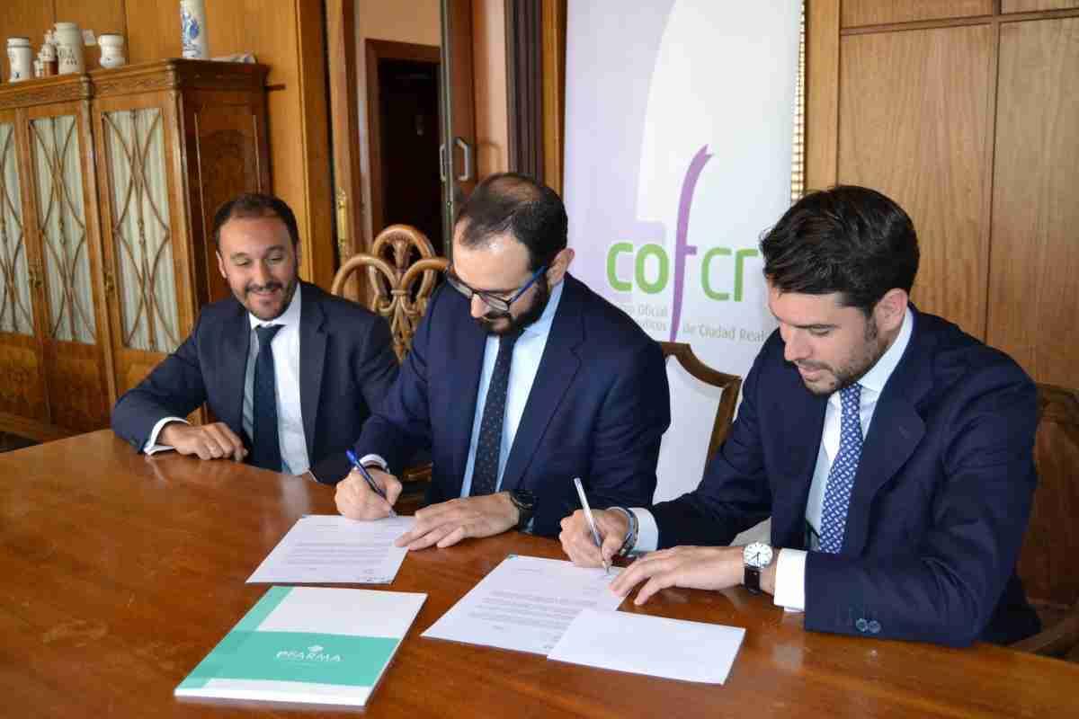 Colegio de Farmacéuticos de Ciudad Real firma convenio con Patrimonio Farmacéutico SL 2