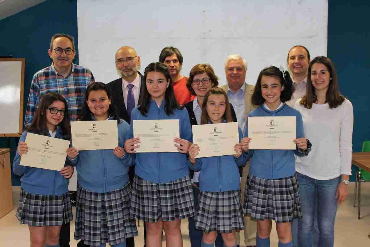 Premios regionales de la decimocuarta edición del concurso escolar sobre Consumo Responsable 'Consumópolis' 1