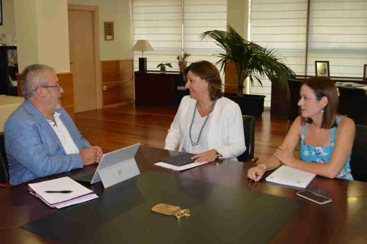 Gobierno regional trabaja en promocionar turísticamente la región con Renfe 1