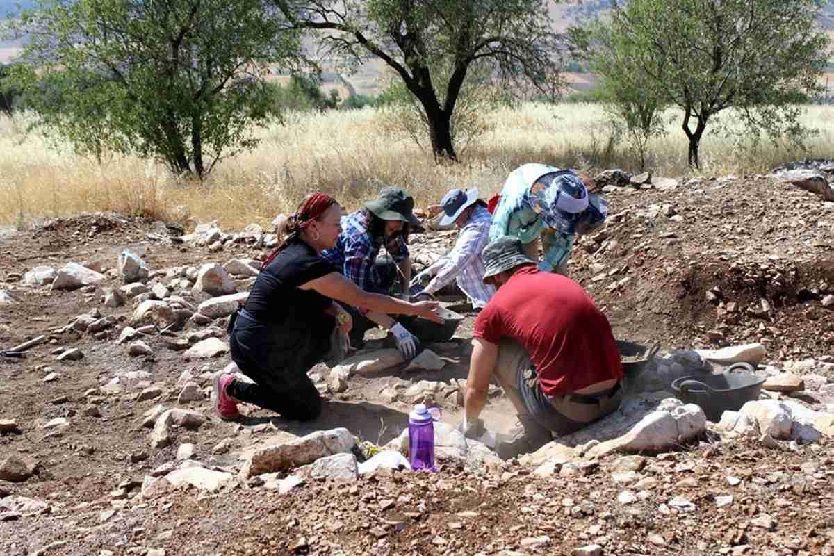 Inicia campaña de investigación arqueológica en Castillejo del Bonete, el yacimiento prehistórico de Terrinches 2