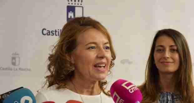 Aurelia Sánchez habló sobre la nueva estructura de la Consejería de Bienestar Social y el compromiso del Gobierno regional 1