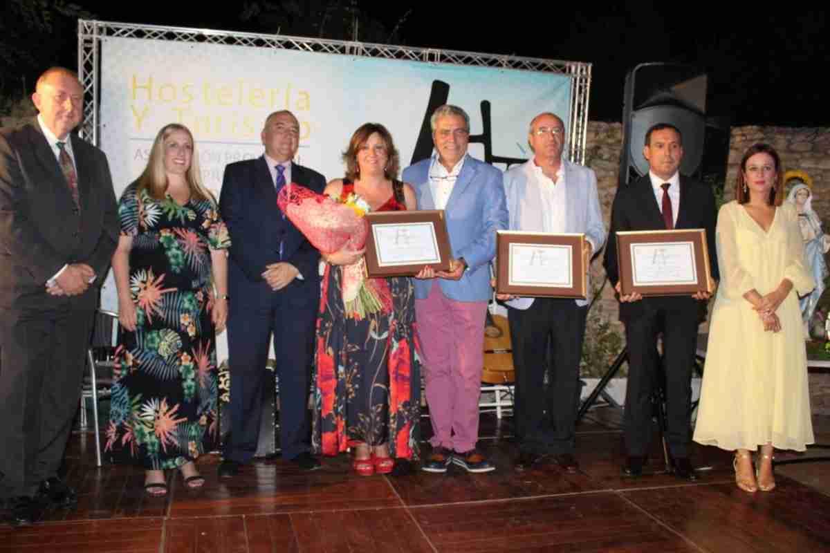 Asociación Provincial de Hostelería de Ciudad Real otorga premio a la Consejera de Economía, Patricia Franco 1
