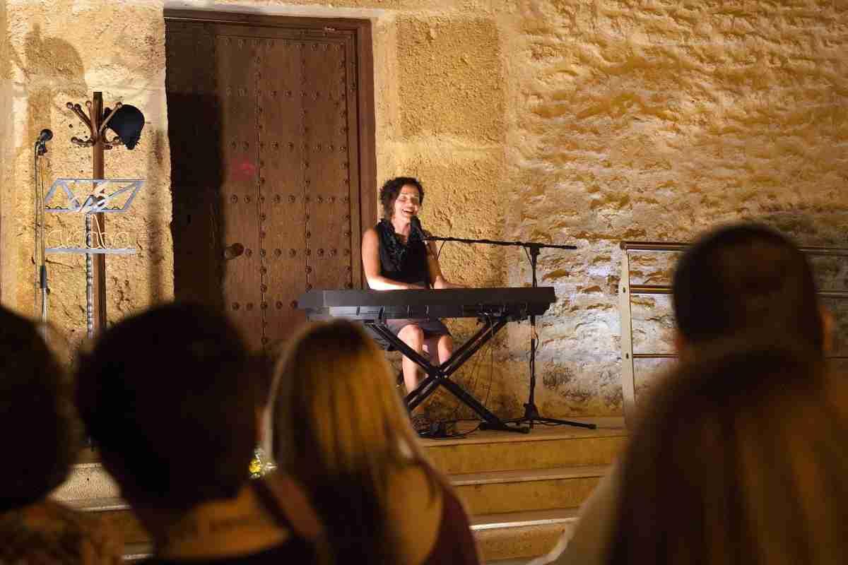 XI Recital Poético Musical Poesía 'aPro-Pósito' del grupo literario Aldaba recordó a 'Las Sinsombrero' 2