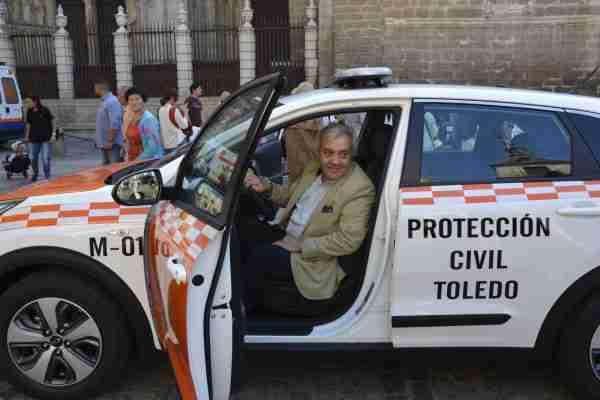 Presentación vehículo Protección Civil 01