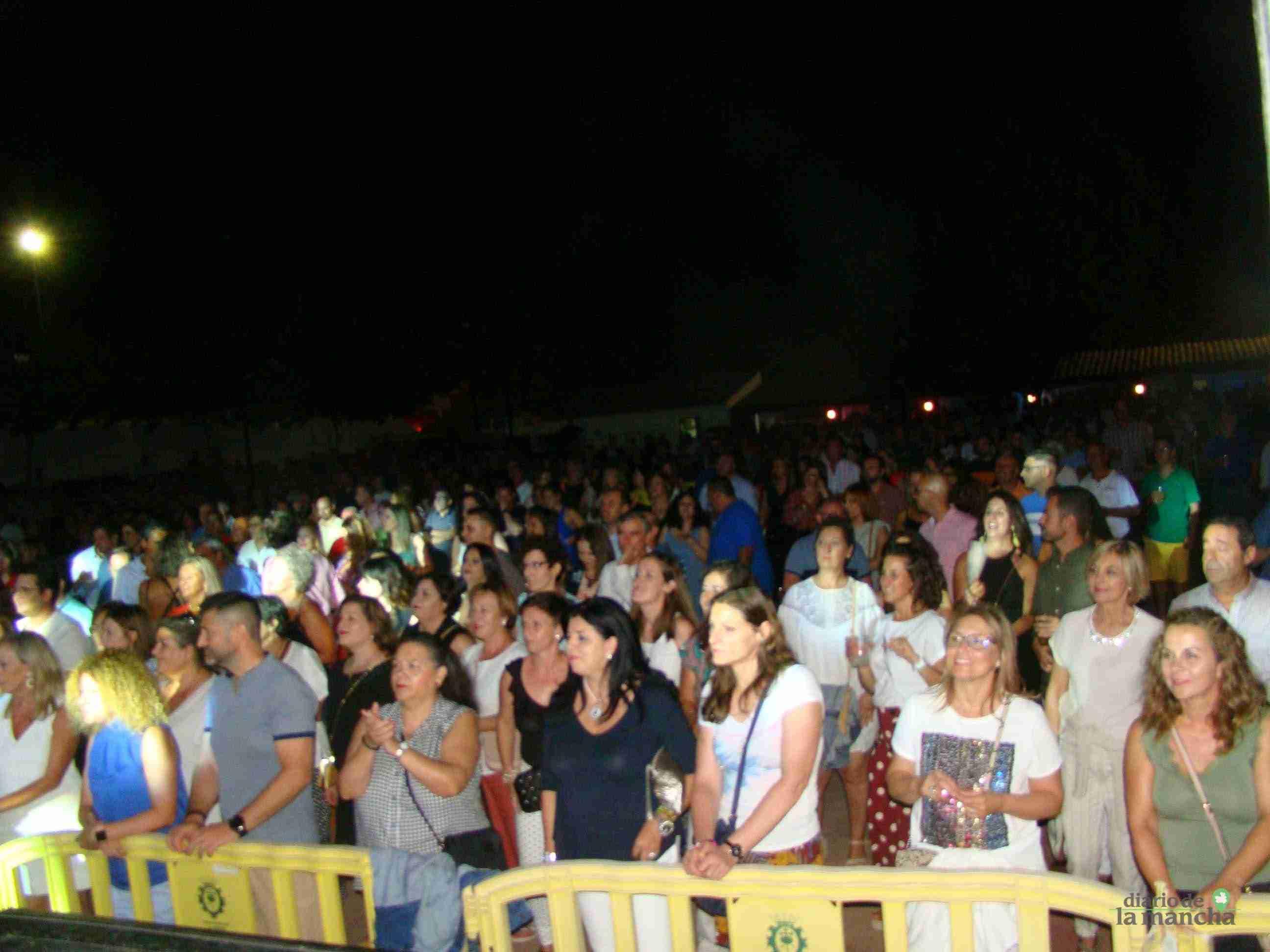 """""""Siempre Así"""" llena la Pista Jardín Colón de Quintanar en un magnífico concierto 8"""