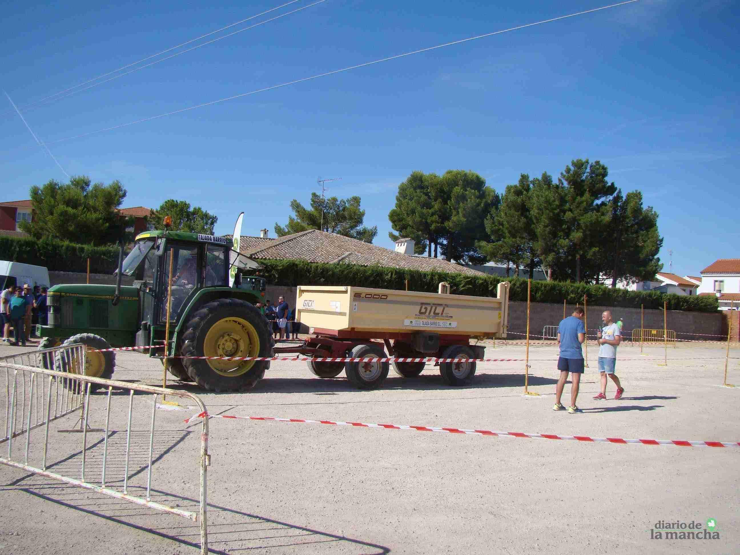 Quintanar celebra su XXVI Concurso Comarcal de Habilidad con Tractor con gran participación 6