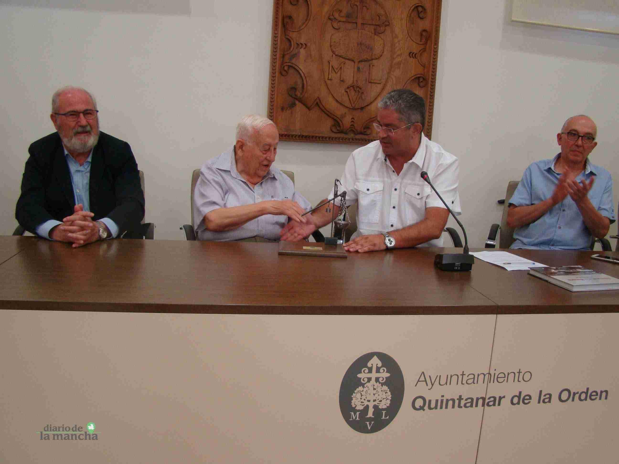 """El quintanareño José Fernández Rodríguez presenta su libro """"Quintanar en la Memoria"""" 15"""