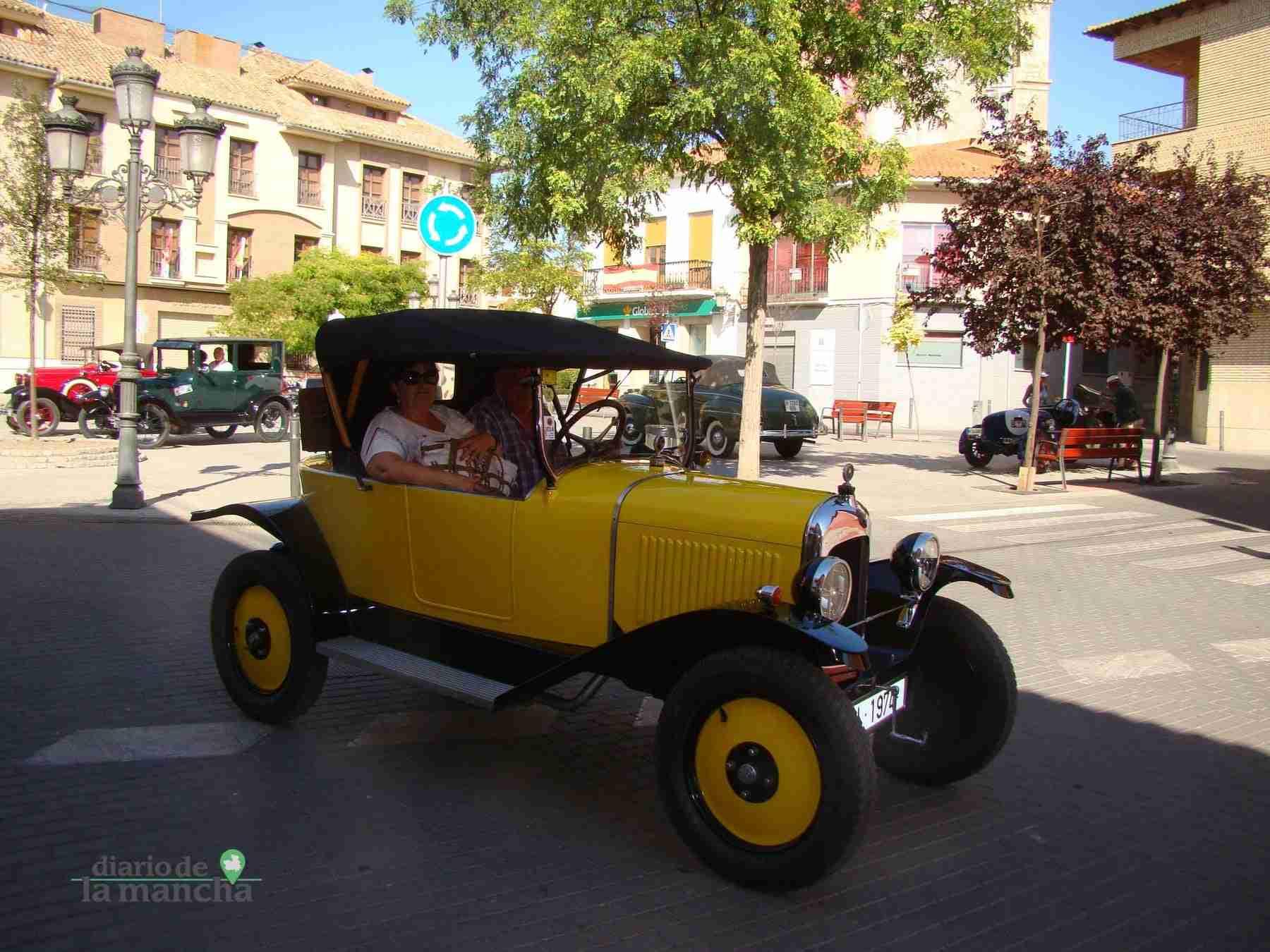 Clásicos a motor recorren Quintanar y su comarca durante este fin de semana 44