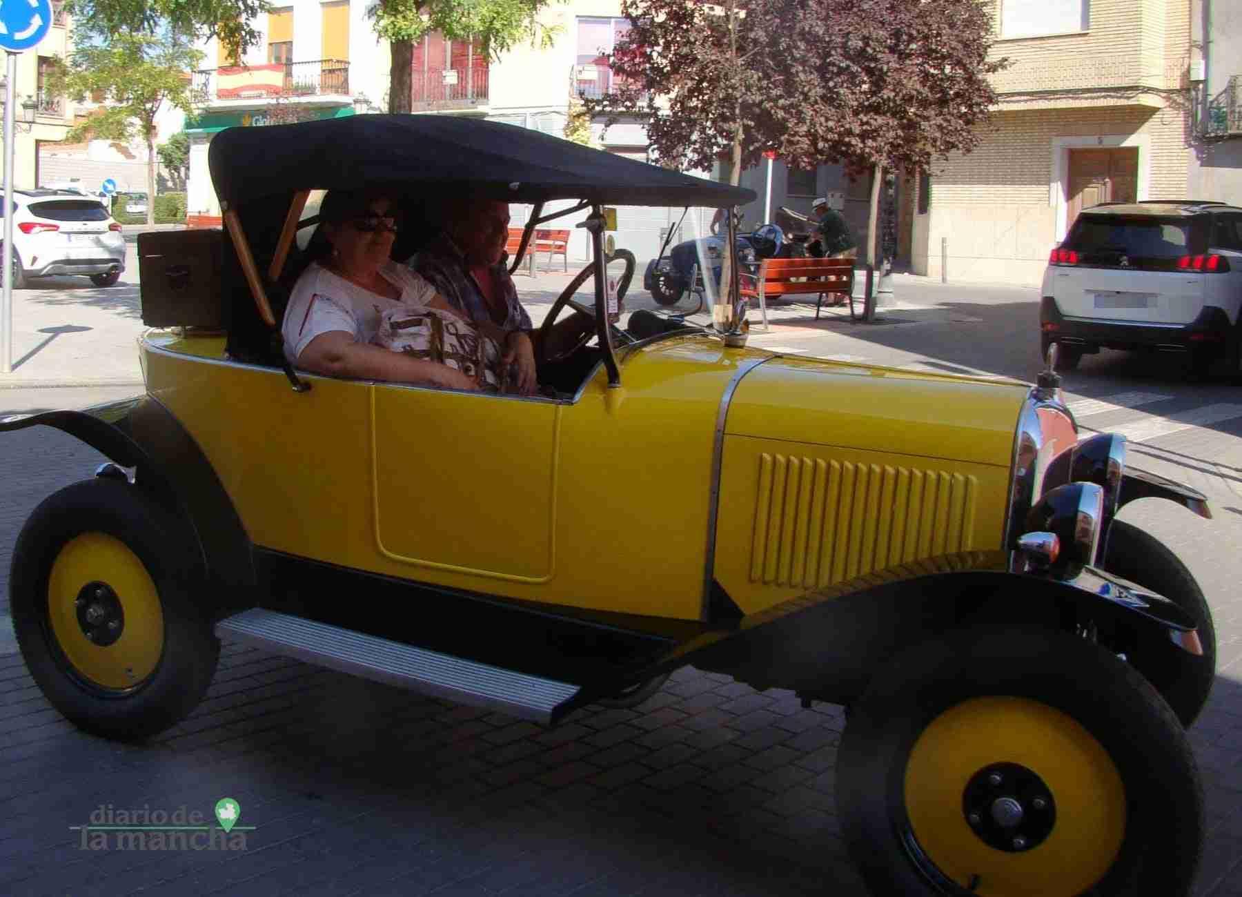 Clásicos a motor recorren Quintanar y su comarca durante este fin de semana 45