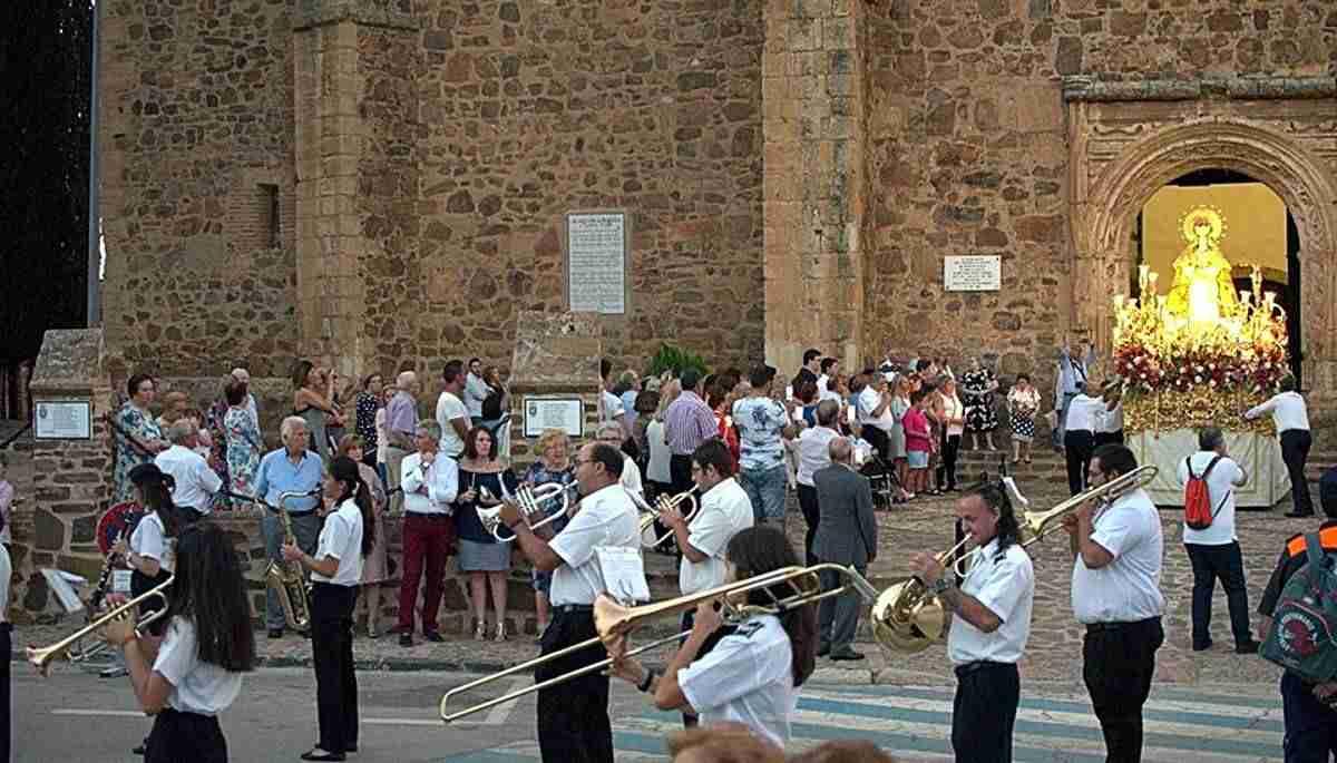 Viso del Marqués a pura fiesta en agosto con la Virgen del Valle, el Mercadillo Quijotesco y las fiestas de las pedanías 1
