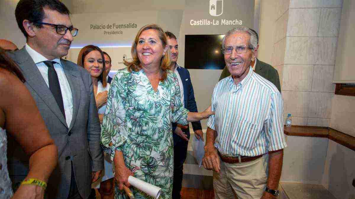El Gobierno regional destacó que la Vuelta Ciclista a España se convirtió en instrumento fundamental para promover el turismo en Castilla-La Mancha 1
