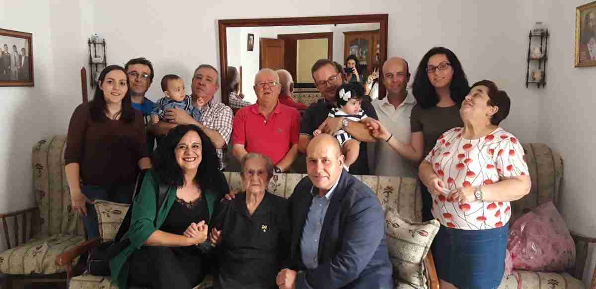 Villarrubia de los Ojos le rinde homenaje a una de las vecinas más longevas, con 101 años de edad 1