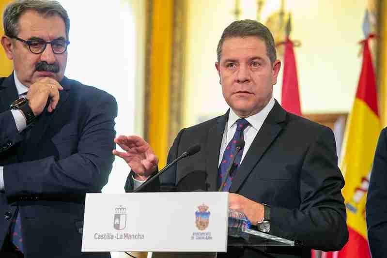 """García-Page invitó a Torra a """"despejar cualquier duda"""" sobre una posible conexión entre el independentismo violento y el dinero público catalán 1"""