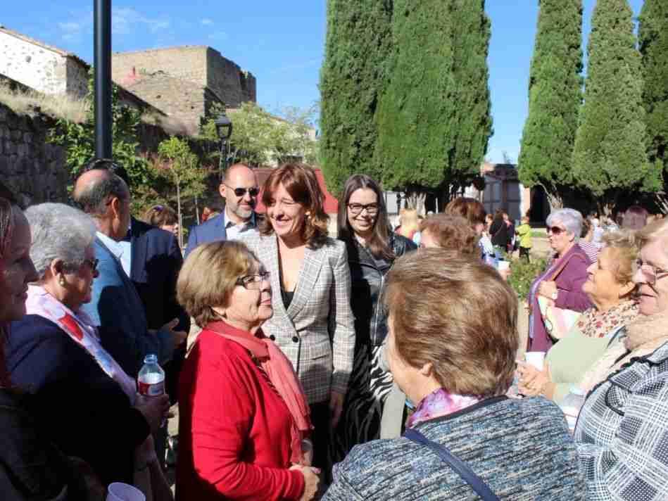 El Gobierno regional destina 4,3 millones de euros a las asociaciones de mujeres y reconoce su trabajo 1