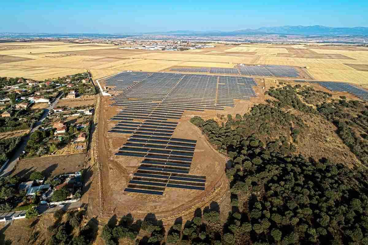 ALTEN Energías Renovables  y Grupo Ortiz inauguran una nueva planta solar fotovoltaica en El Casar 9
