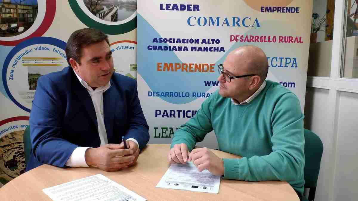 Alto Guadiana Mancha firmó un contrato con la empresa Prolicor SL de Daimiel para un proyecto con inversión cercana a 300.000 euros 2