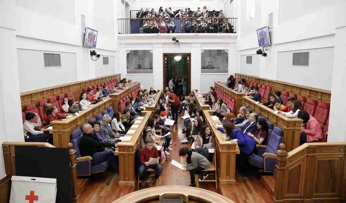 El 'Pleno de la Infancia' del parlamento autonómico celebrará los 30 años de la convención sobre los derechos infantiles 2