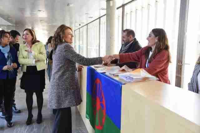 El Gobierno regional reitera el compromiso para poner a disposición de los centros educativos la historia del pueblo gitano 1