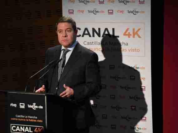 García-Page celebra el mantenimiento de 500 empleos en la planta de Airbus de Albacete 1