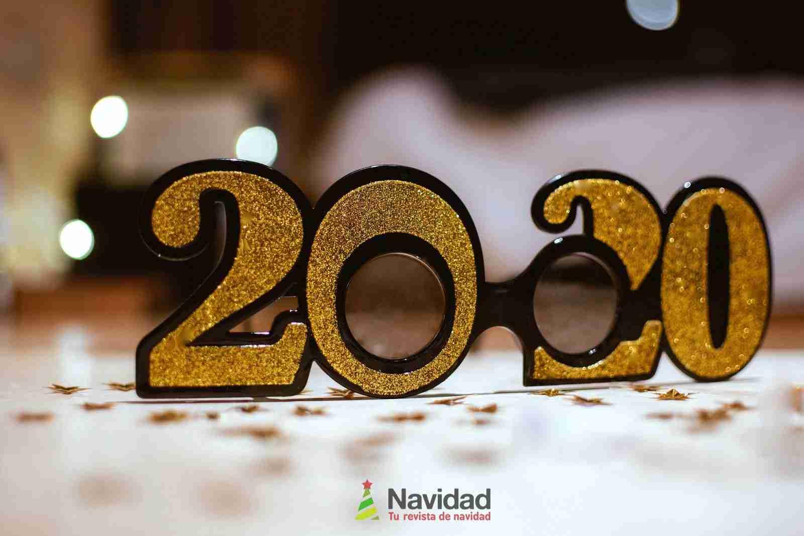 Alucinantes felicitaciones originales de Año Nuevo para Messenger 1