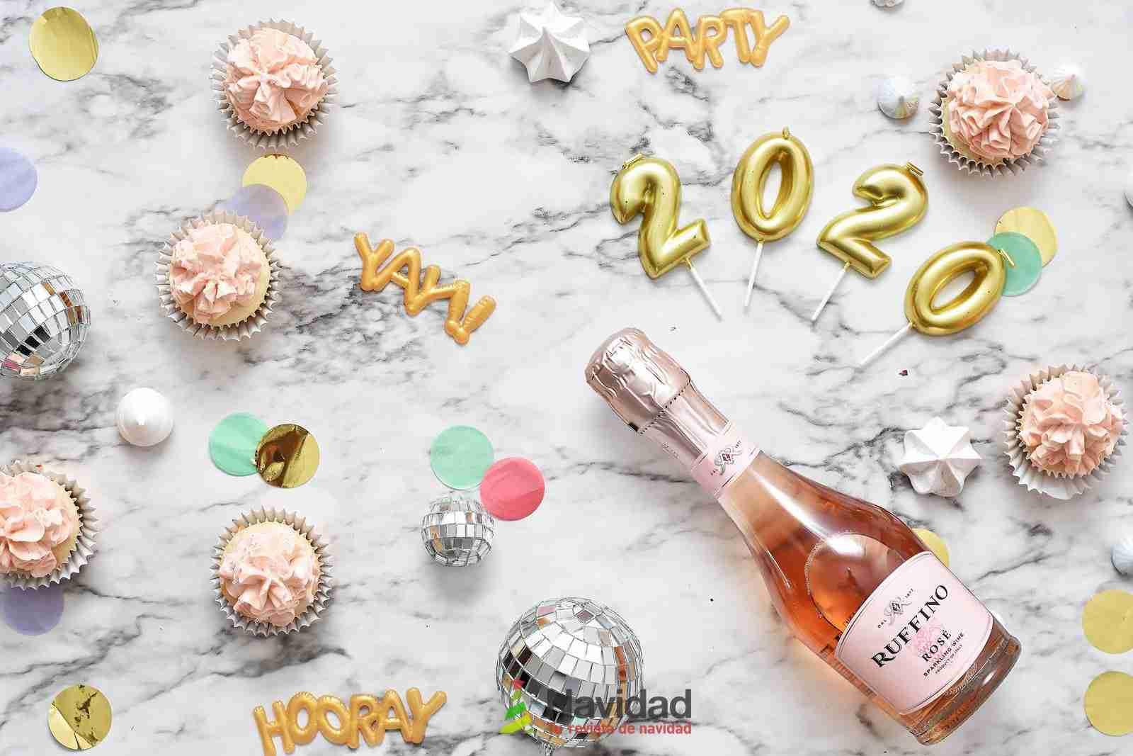 Alucinantes felicitaciones originales de Año Nuevo para Messenger 2