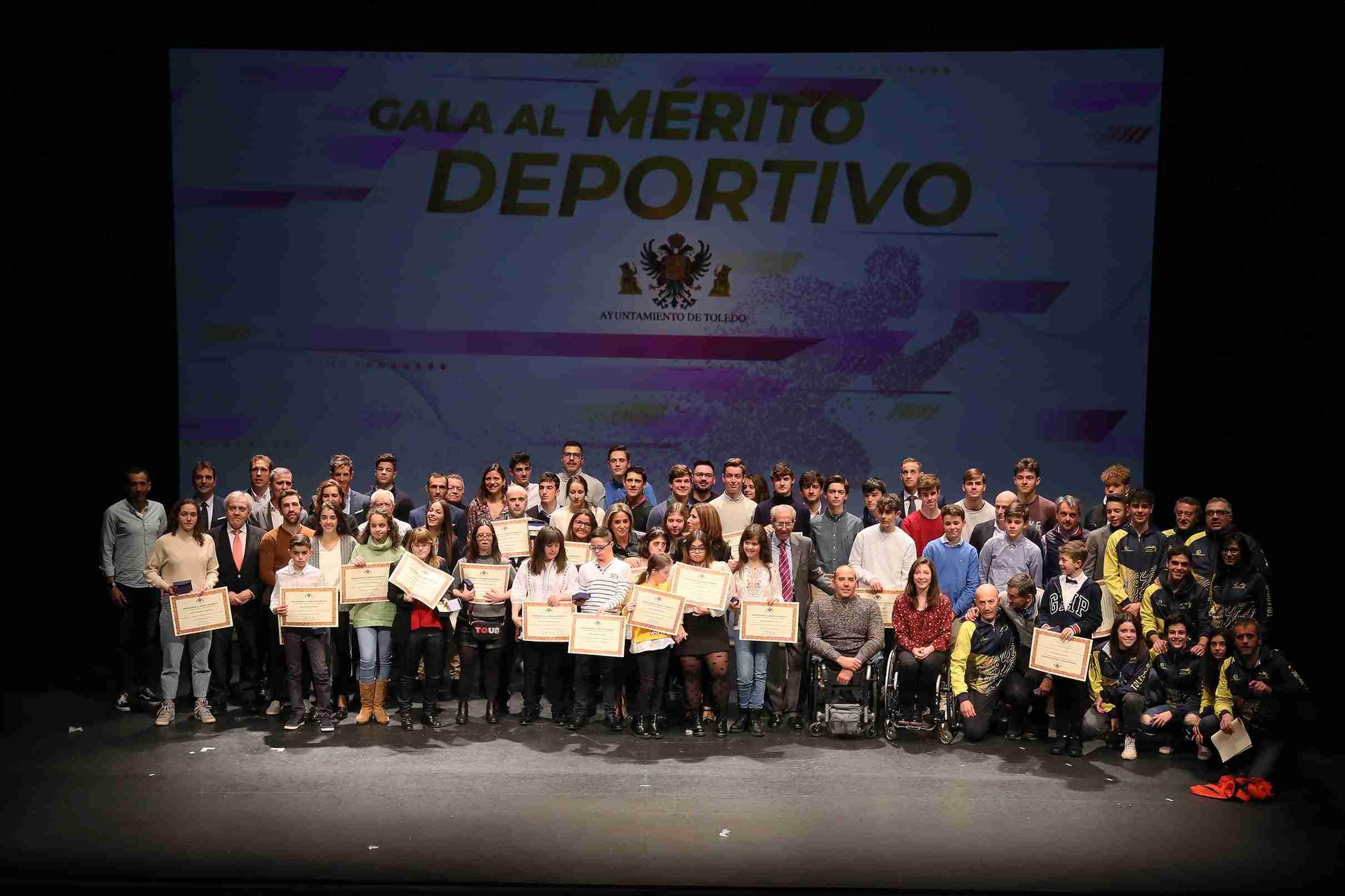 """La alcaldesa a los deportistas toledanos: """"Cuando alcanzáis el triunfo, Toledo también sube al pódium"""" 15"""