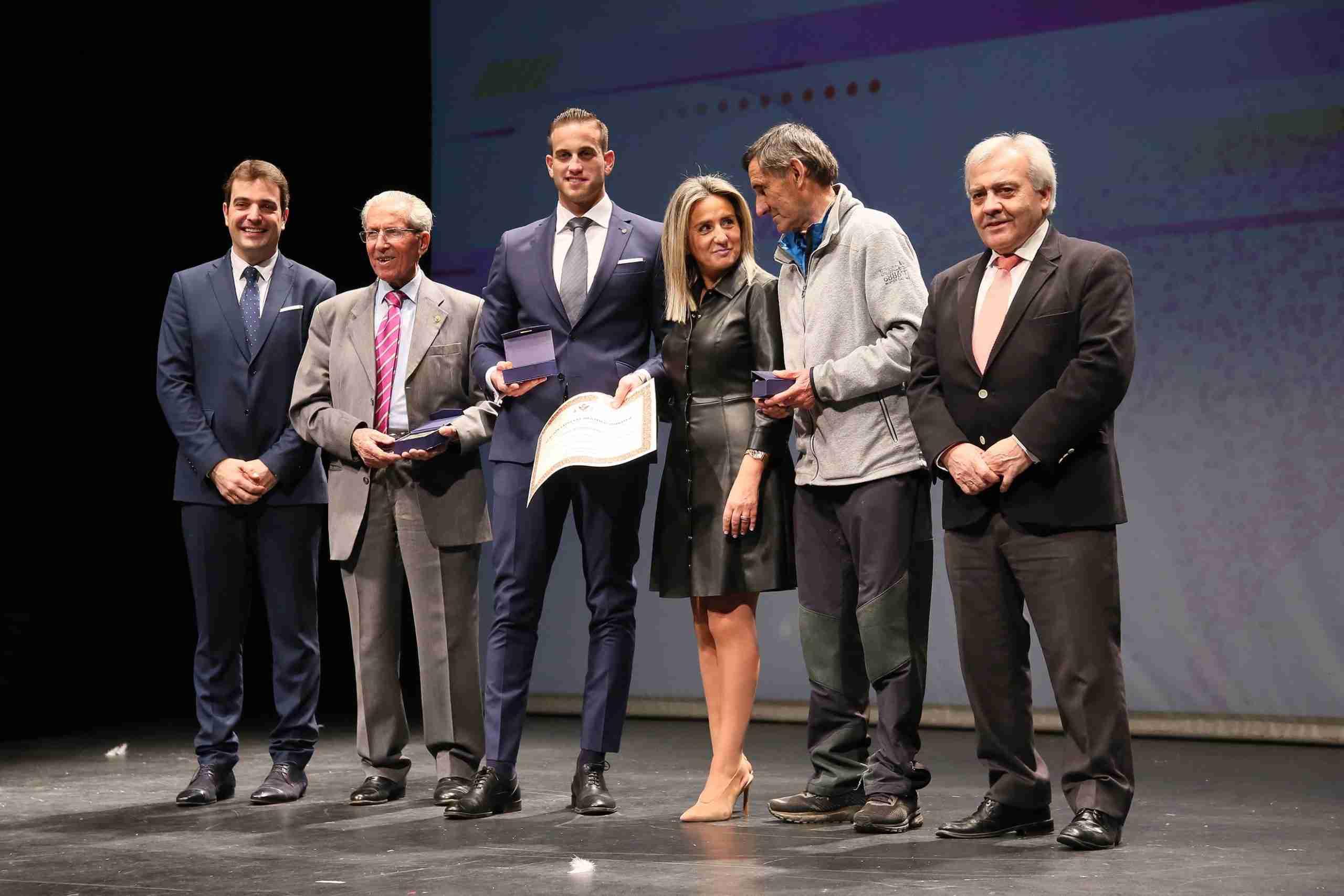 """La alcaldesa a los deportistas toledanos: """"Cuando alcanzáis el triunfo, Toledo también sube al pódium"""" 13"""