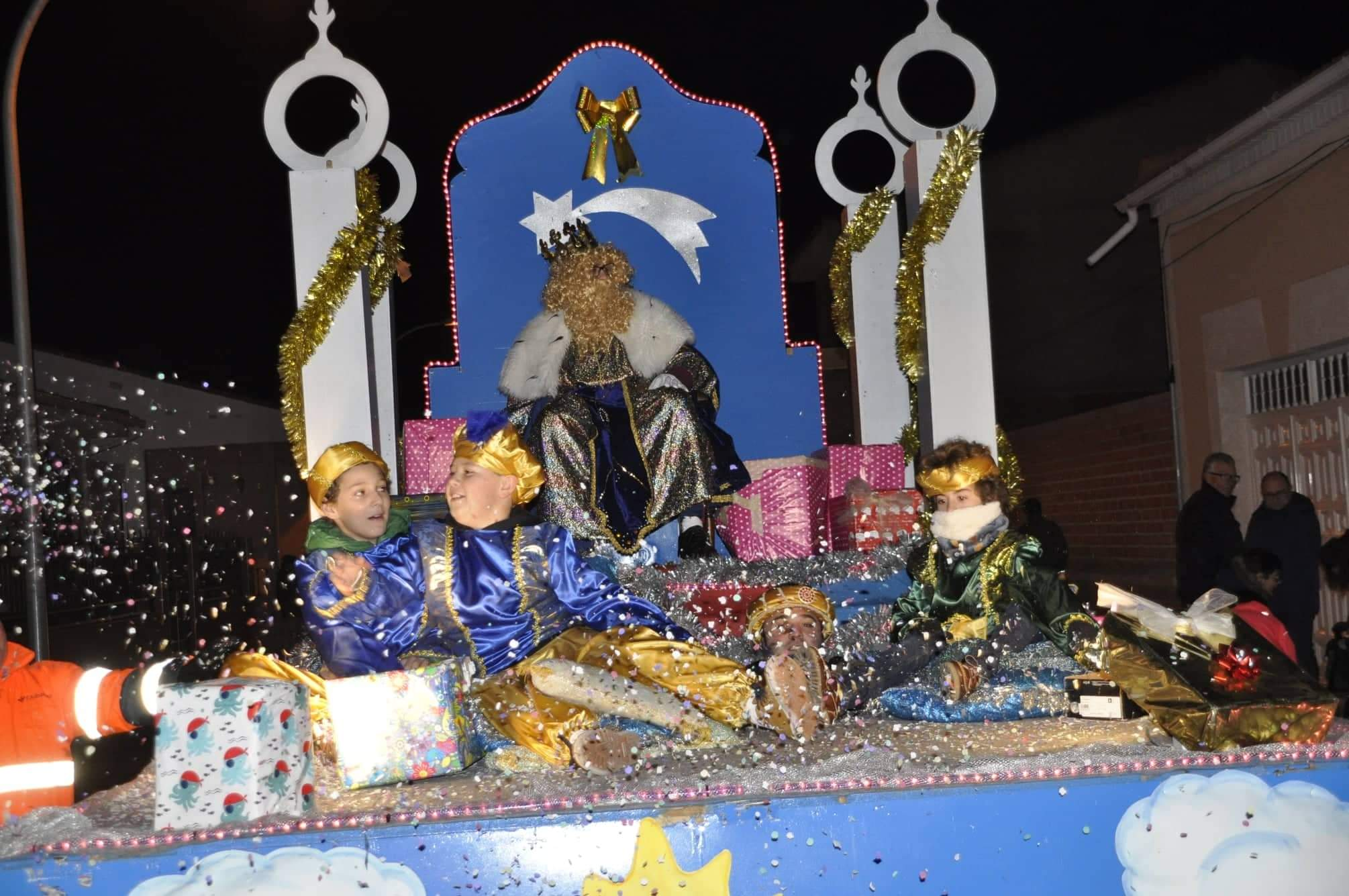 Los Reyes Magos llenan de magia e ilusión las calles de Torralba 22