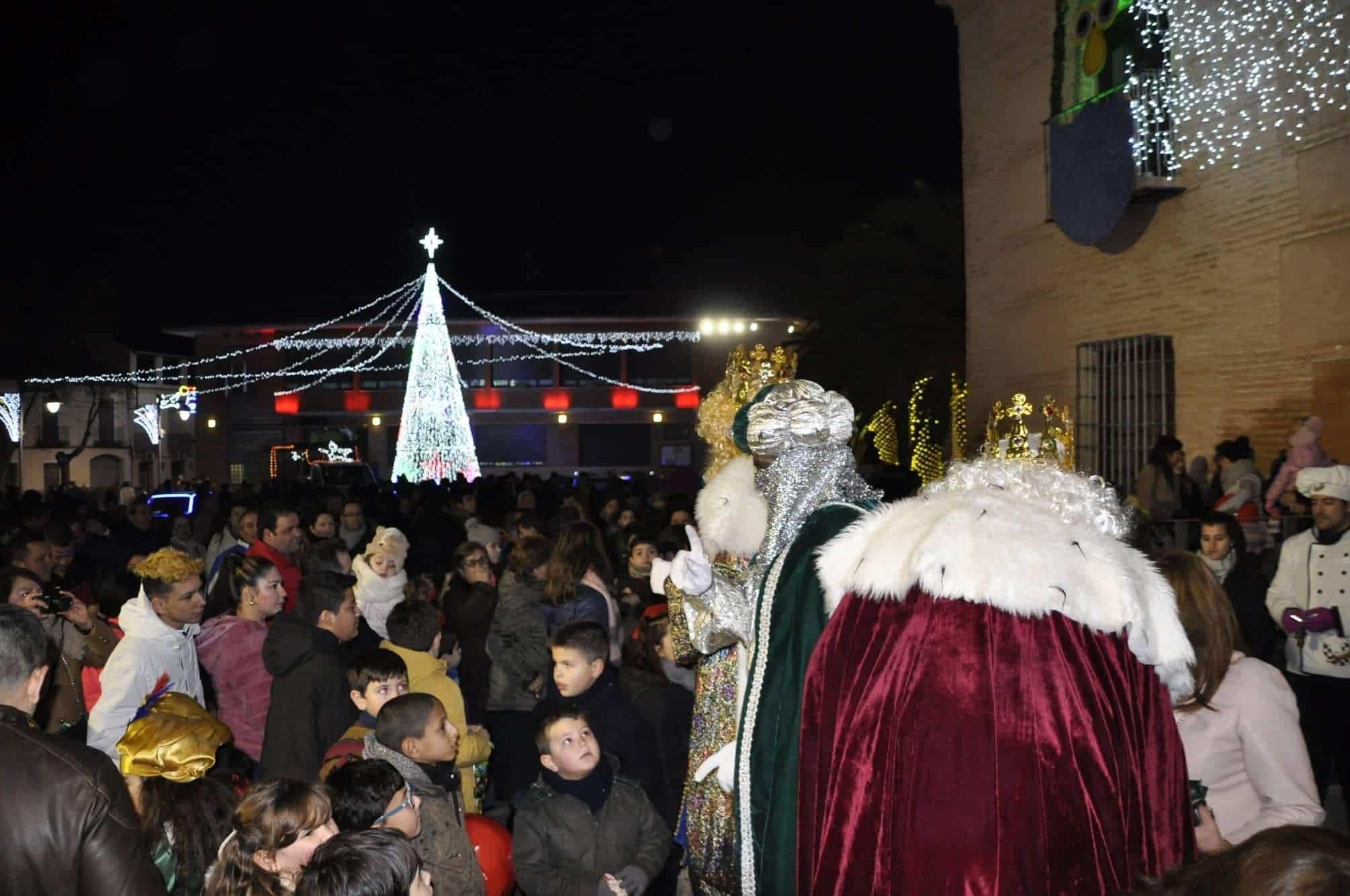 Los Reyes Magos llenan de magia e ilusión las calles de Torralba 21