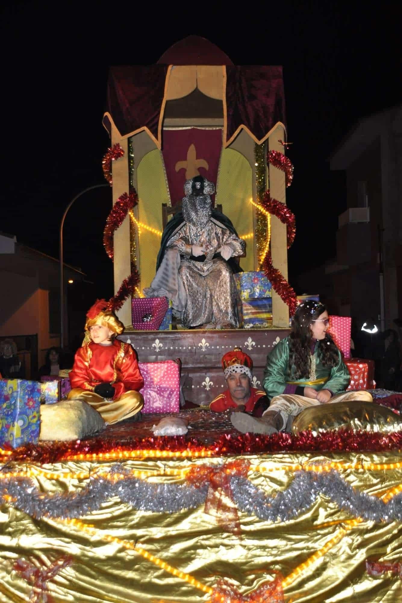 Los Reyes Magos llenan de magia e ilusión las calles de Torralba 27
