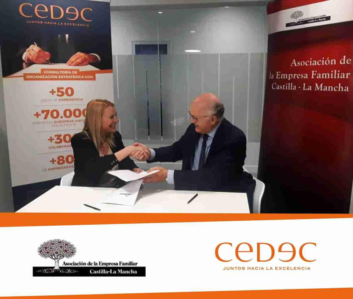acuerdo de colaboracion entre CEDEC y la AEFCLM