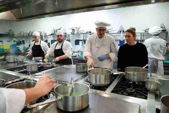 Dos Castellano Manchegas fueron seleccionadas para convertirse en promesas de la alta cocina 1