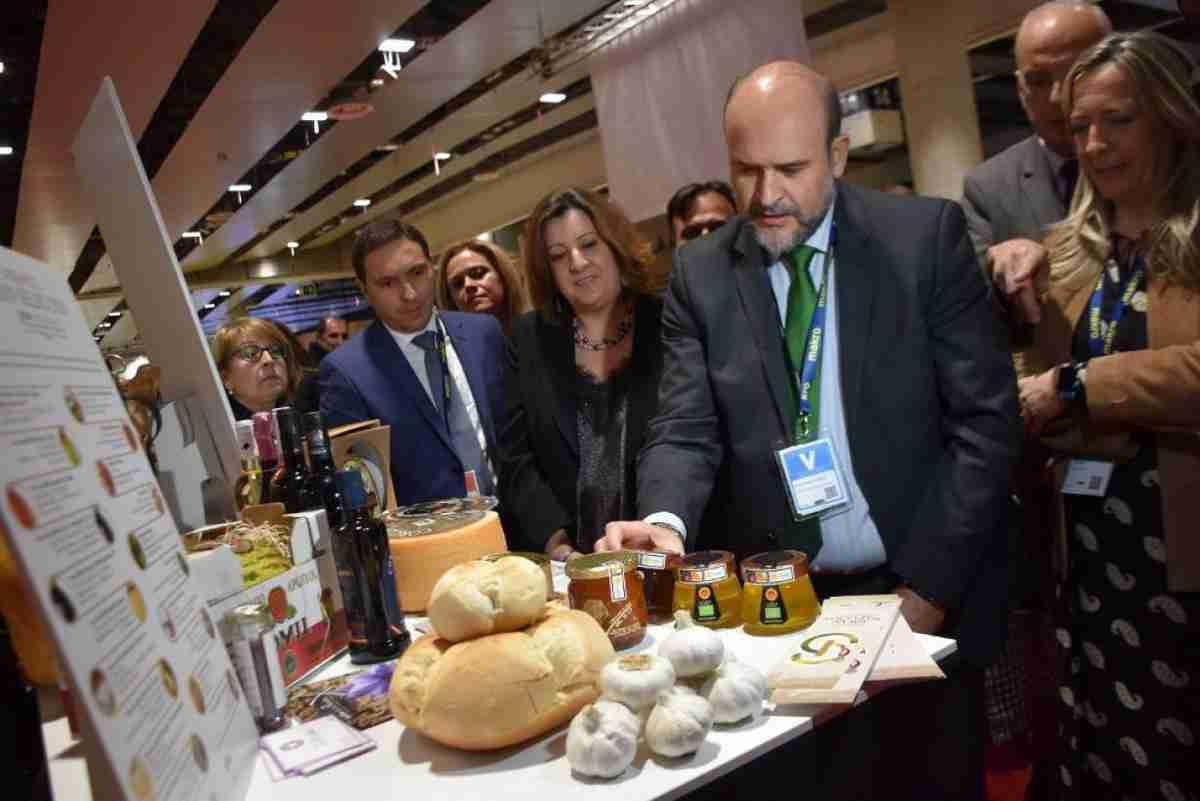 El Gobierno regional busca impulsar la gastronomía de Castilla-La Mancha con la nueva marca 'Raíz Culinaria' 1